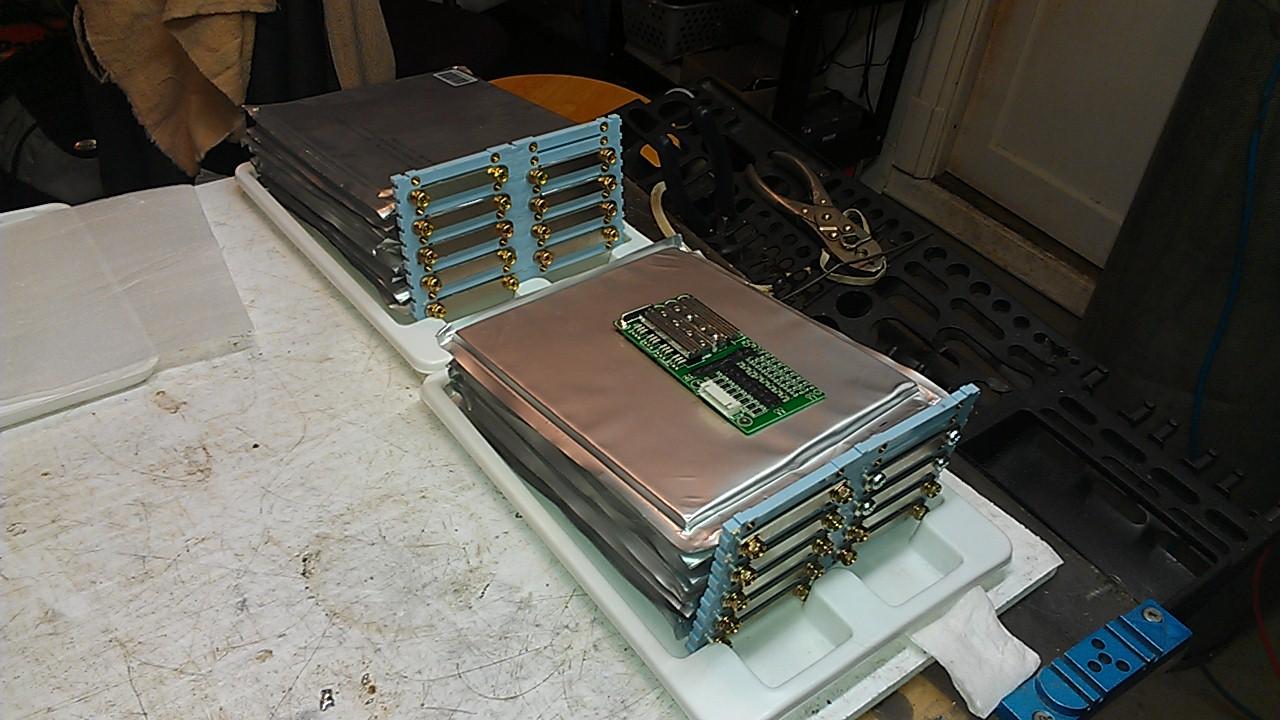 Projet Batterie 24 Volt de remplacement pour Quadriporteur NON-SLA IMAG0097